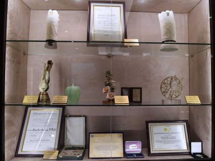 """قاعة الجوهرة .. تكريم عالمي تقديرا لإنجازات رائدة العمل النسائي """"أم الإمارات"""""""