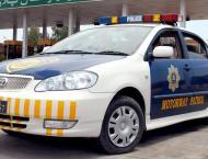 Motorway Police reunites lost kid with parents