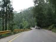 Advisor to CM visits Murree Road; inspects progress on beautifica ..