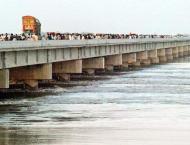 River Indus still in low flood at Kotri Barrage: FFC
