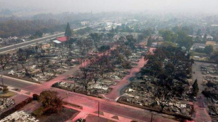 Fire leaves destruction and uncertainty in Oregon town