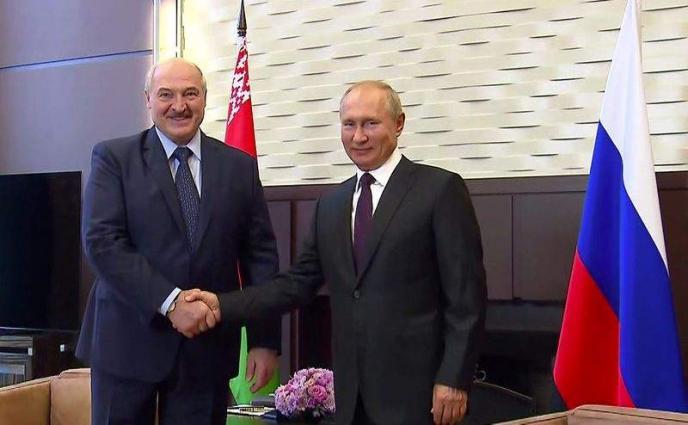 Lukashenko Asks Putin to Provide Some Weapons to Belarus - Belta