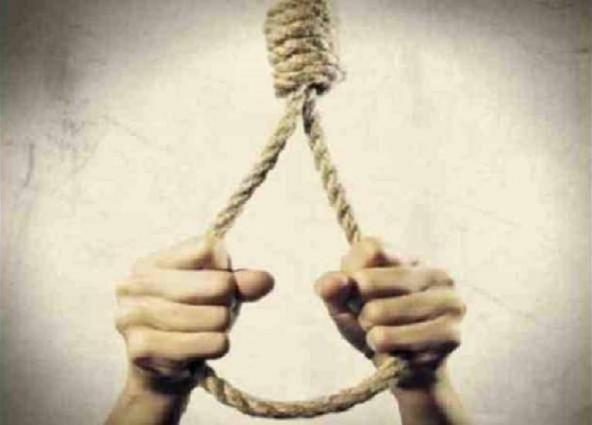 Man commits suicide in sargodha