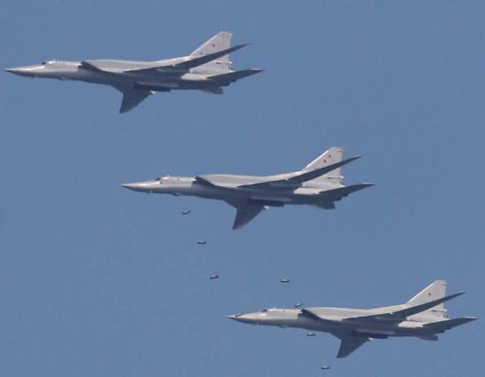 Russia's Tu-22 Bombers Conduct Flight Over Belarus, Practice Bombardment- Defense Ministry