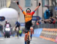 Slovenia's Tratnik wins Giro d'Italia 16th stage