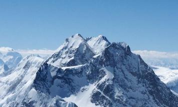 مقتل متسلق بولندي اثر سقوطہ من جبل في ..