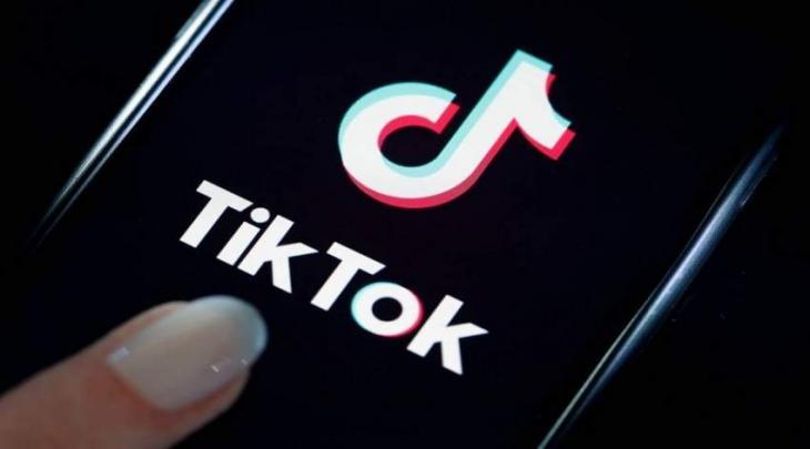 """وزیر تکنولوجیا المعلومات الباکستاني یدعو الی رفع الحظر علی تطبیق """" تیک توک """" في البلاد"""
