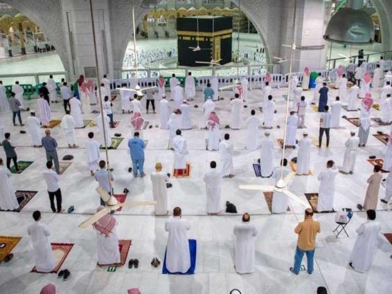 بدء المرحلة الثانية لأداء مناسك العمرة والصلاة من داخل السعودية