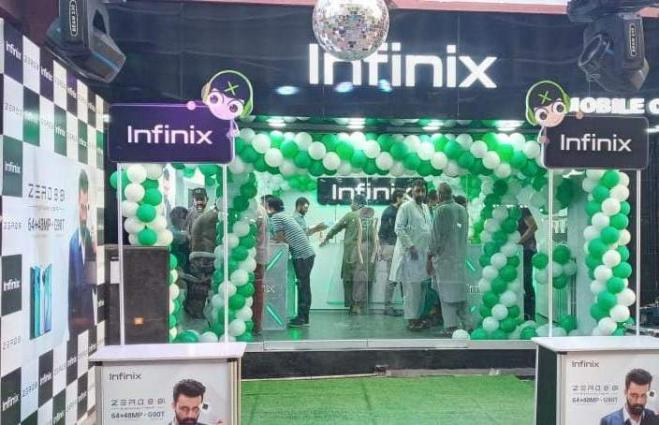 Infinix Pakistan Launches First Experience Store in Karachi in a Grand Ceremony