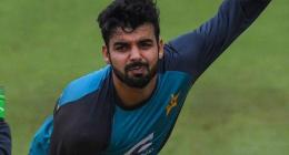 Shadab Khan asks his fans, followers to pray for his ailing mother
