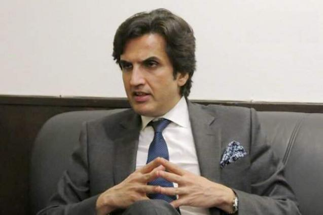 Khusro appreciates UK's assistance for promoting girls education in Pakistan