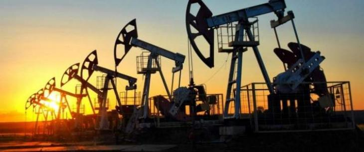 Libya's UN-Backed Government Hopes to Access Money From Oil Extraction Before Year End