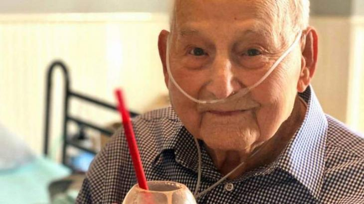 104-year-old World War II veteran back home after battling Covid
