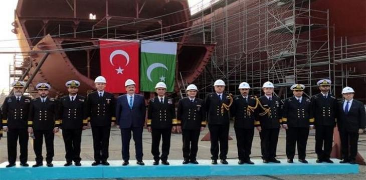 Pak Naval Chief visits Turkish Fleet Headquarters in Golcuk
