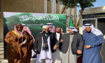 رئیس مجلس علماء باکستان یغادر السعودیة ..