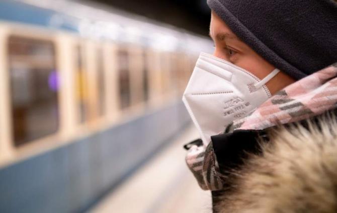 FFP2 masks become mandatory in Austrian shops, transport