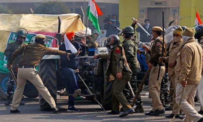 New Dehli witnesses curfew like situation after farmers' tractor rally violence