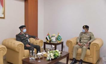 رئيس الأركان يبحث التعاون العسكري مع ..
