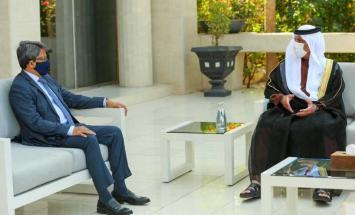 حاكم رأس الخيمة يستقبل وزير الدولة للشؤون ..