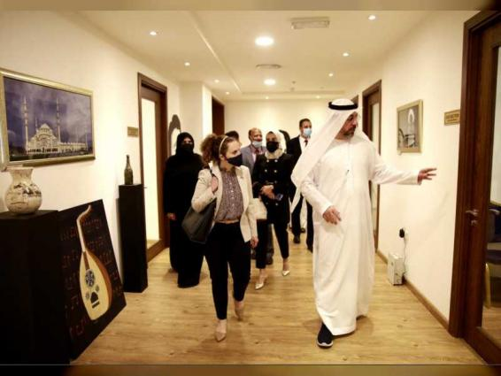 U.S. Consulate General delegation visits Fujairah Fine Arts Academy
