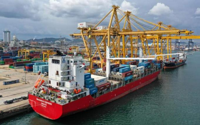 Chinese ports receive more cargo over Spring Festival amid economic recovery