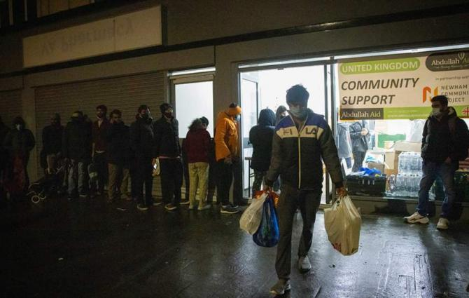 Food poverty plagues foreign students in UK during pandemic