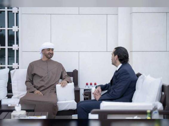 محمد بن زايد يستقبل سعد الحريري .. ويؤكد وقوف الإمارات مع الشعب اللبناني لتحقيق تطلعاته إلى الاستقرار و التنمية