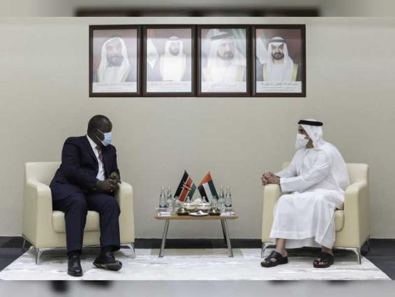Saif bin Zayed meets number of IDEX's guests