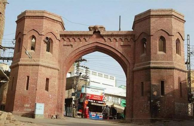 Multan plans to construct stone wall from Dehli Gate to Pak Gate