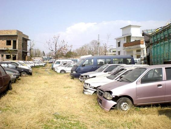 Seven vehicles impounded in sargodha