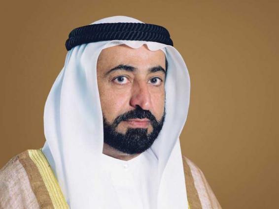 حاكم الشارقة يهنئ خادم الحرمين الشريفين بنجاح العملية الجراحية التي أجراها ولي العهد السعودي