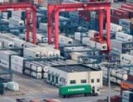 China's foreign trade surges 32.2 pct in first two months