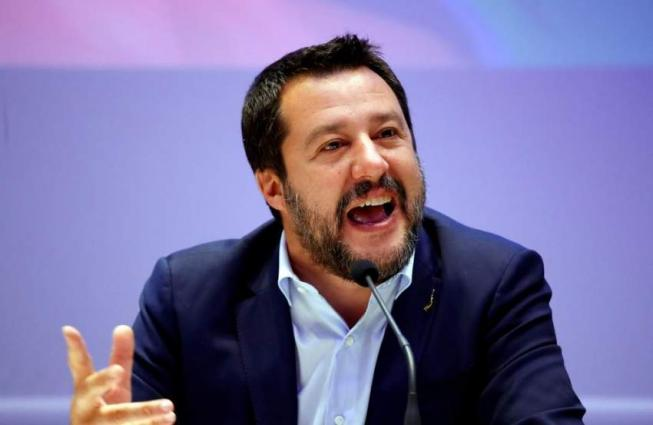 Italy prosecutor demands migrant trial for Salvini