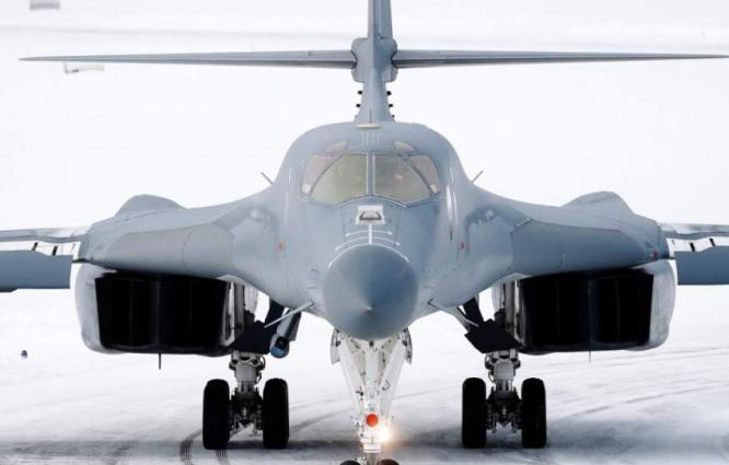 US B-1 Bombers Accomplished First Ever Landing in Arctic Circle - Air Force