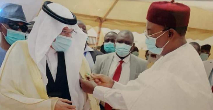 President Issoufou awards OIC Secretary-General Niger's Highest Honor
