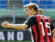 Atalanta, Napoli gain ground as Milan held by 10-man Samp