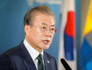 S.Korean president's approval rating falls to 33.4 pct: poll