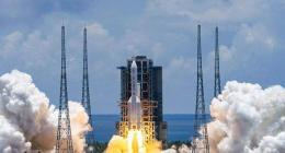 Manned spacecraft, carrier rocket for Shenzhou-12 mission arrive at launch center