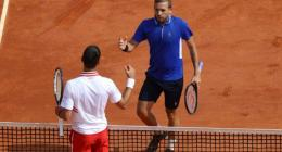 'Awful' Djokovic knocked out in Monte Carlo as Nadal races into quarters