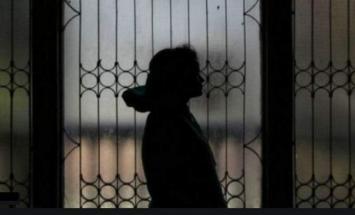 السجن خمس سنوات بحق امرأة آسیویة أجبرت ..