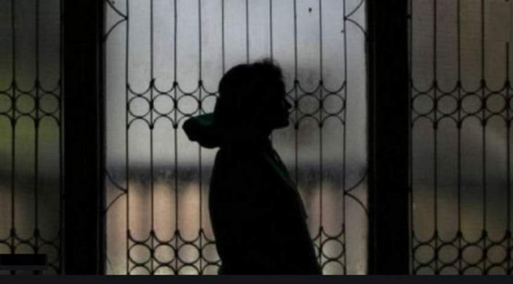 السجن خمس سنوات بحق امرأة آسیویة أجبرت فتاة علی الدعارة في البحرین