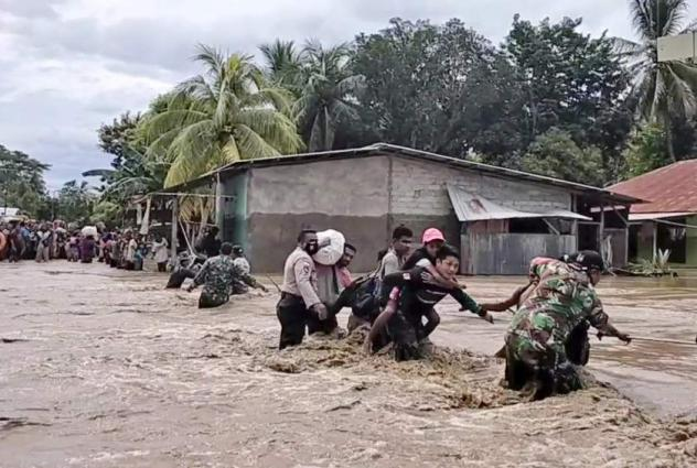 More than 90 dead in Indonesia, East Timor floods, dozens missing