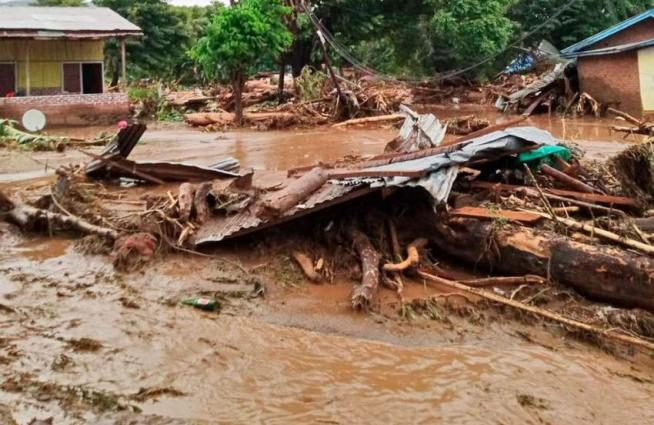 Race to find dozens missing in deadly Indonesia, East Timor floods