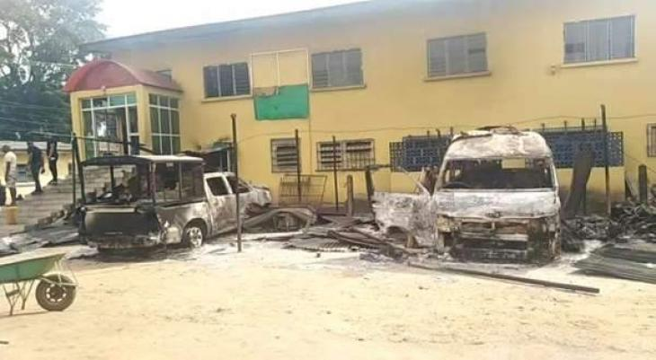 Nigeria police chief calls to 'crush' separatists after prison attack