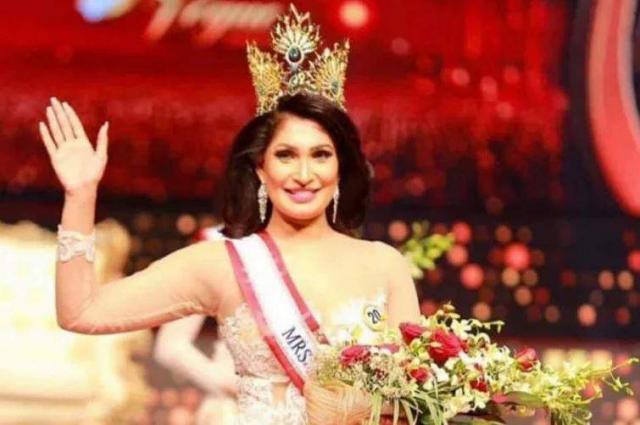'Mrs Sri Lanka' regains title after on-stage fracas