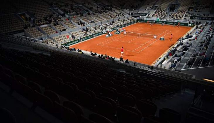 French Open delayed by a week in hope that more spectators can attend