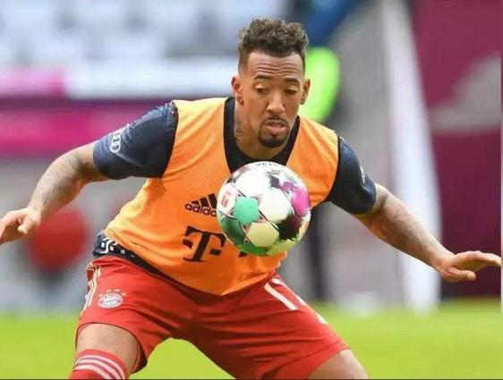 Boateng's confirmed exit sparks tension at Bayern Munich
