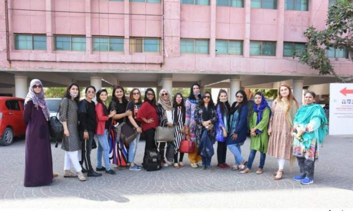 Arts Council of Pakistan Karachi hosted a picnic for female journalists on Tuesday at Kenjhar Lake