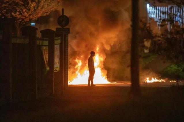 Leaders condemn 'deplorable' Northern Ireland rioting