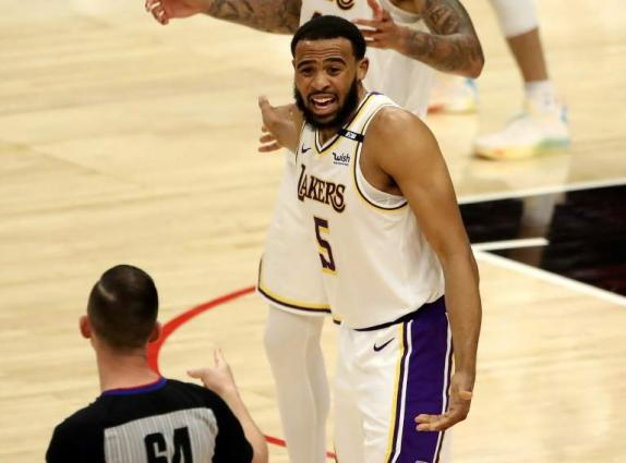 NBA suspends three, fines two in Lakers-Raptors altercation